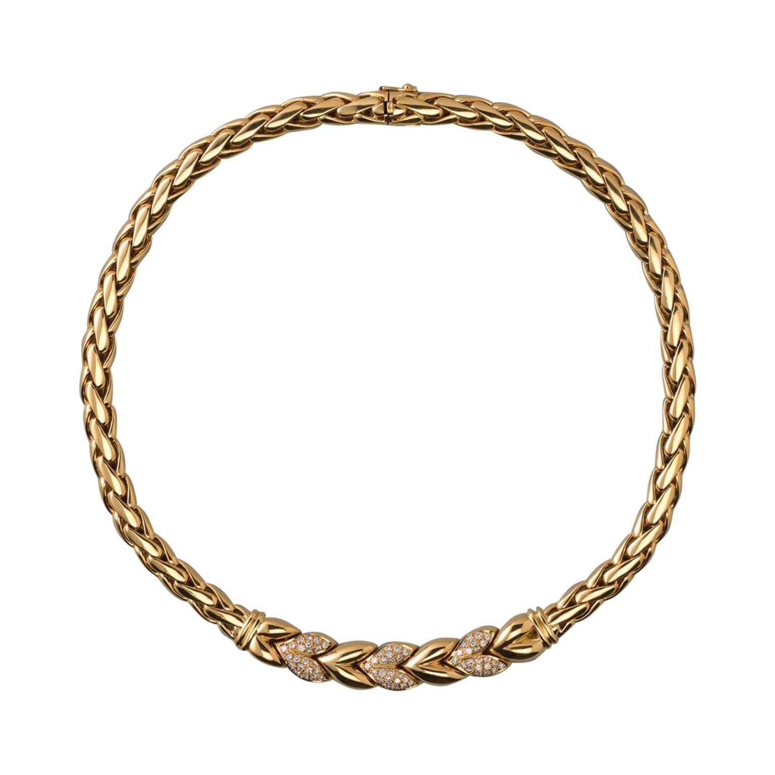 Steltman Gold and Diamond Leaf Necklace