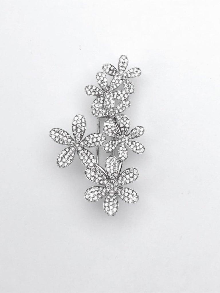 Modern Stenzhorn 18 Karat White Gold Brooch with Six 3.20 Carat Diamond Flowers For Sale