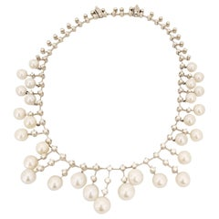 Stephan Hafner 18 Karat White Gold Necklace with 4.04 Carat Diamonds and Pearls