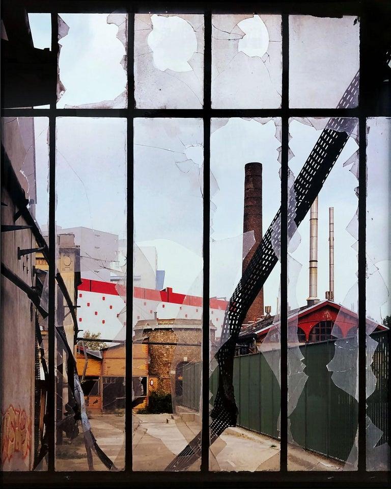 Stephane Couturier Color Photograph - Usine Gevelot - Issy Les Moulineaux
