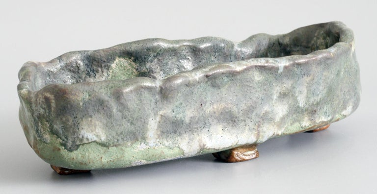 Stephanie Kalan Studio Pottery Hand Formed Brutalist Sculptural Bowl In Good Condition For Sale In Bishop's Stortford, Hertfordshire