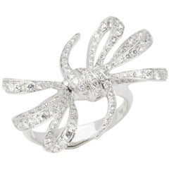 Stephen Webster 18 Karat White Gold Forget Me Knot Pavé Diamond Bow Ring