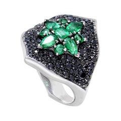 Stephen Webster Belle Époque Women's 18 Karat Gold Black Diamond & Emerald Ring