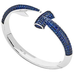Stephen Webster Blue Sapphire and 18 Carat White Gold Hammerhead Bangle