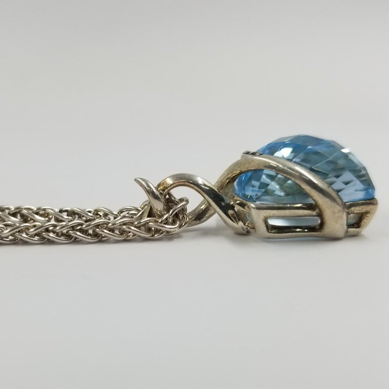 Stephen Webster Blue Topaz Pendant Necklace In Good Condition For Sale In Coral Gables, FL