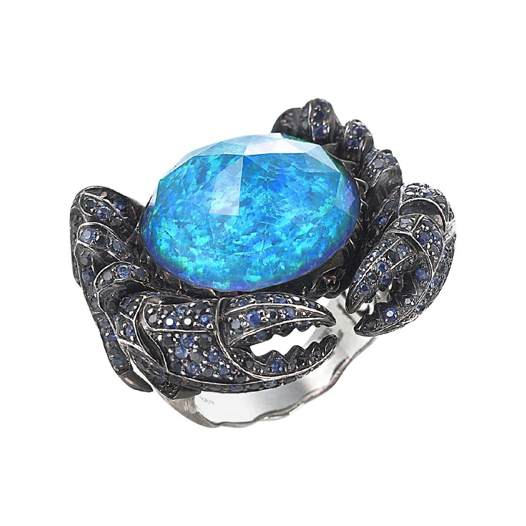 Stephen Webster Jewels Verne Crab Crystal Haze 18ct Gold and Blue Sapphire Ring
