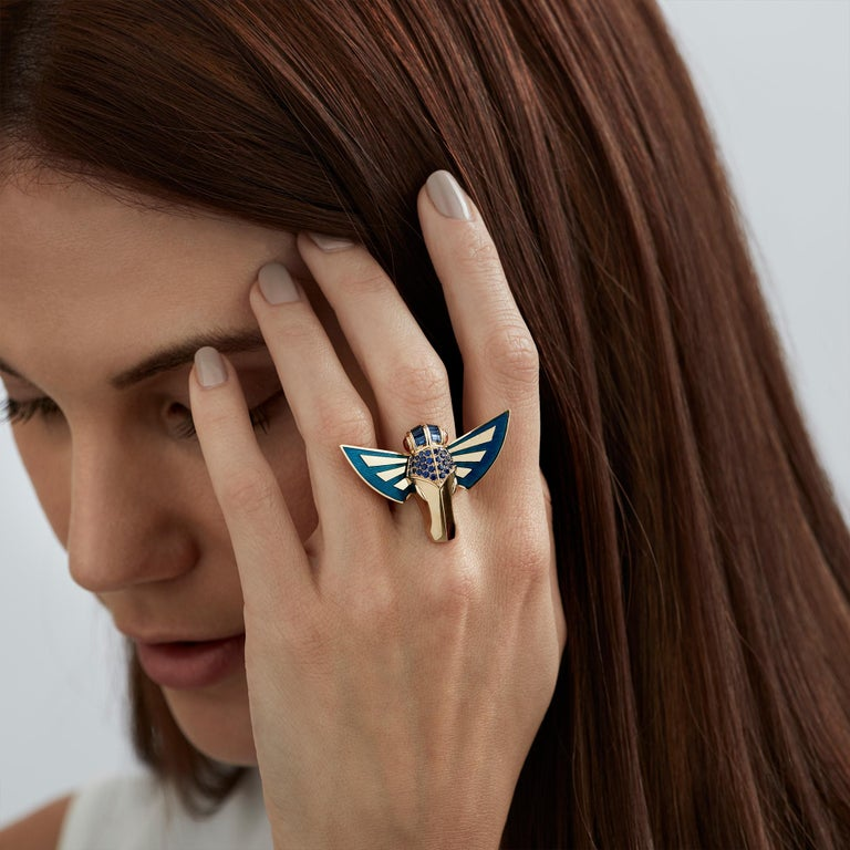 For Sale: undefined Stephen Webster Jitterbug Horse Fly 18 Carat Gold with Blue Enamel Wings Ring 2