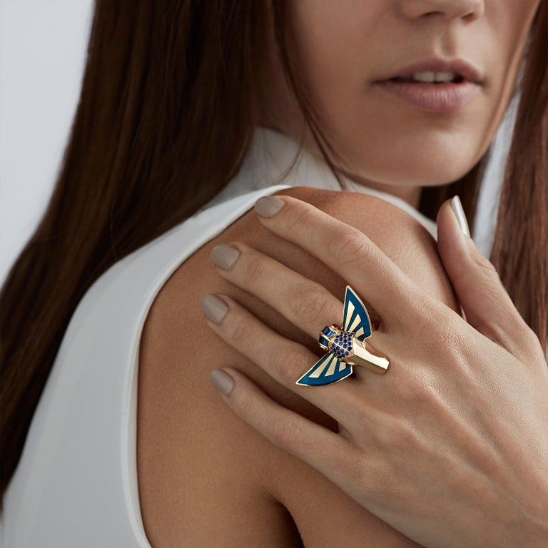 For Sale: undefined Stephen Webster Jitterbug Horse Fly 18 Carat Gold with Blue Enamel Wings Ring 3