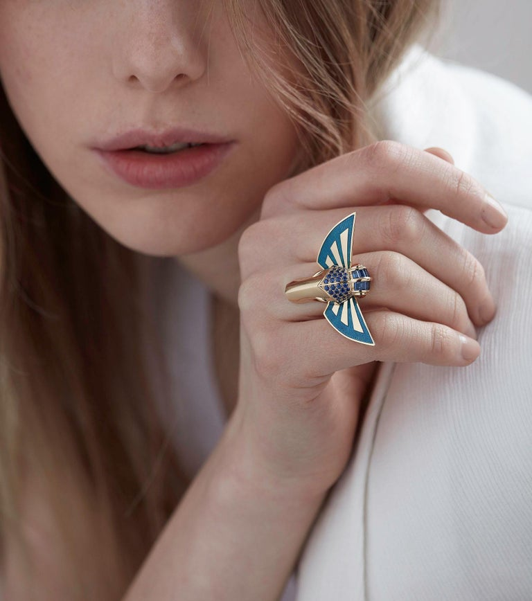 For Sale: undefined Stephen Webster Jitterbug Horse Fly 18 Carat Gold with Blue Enamel Wings Ring 4