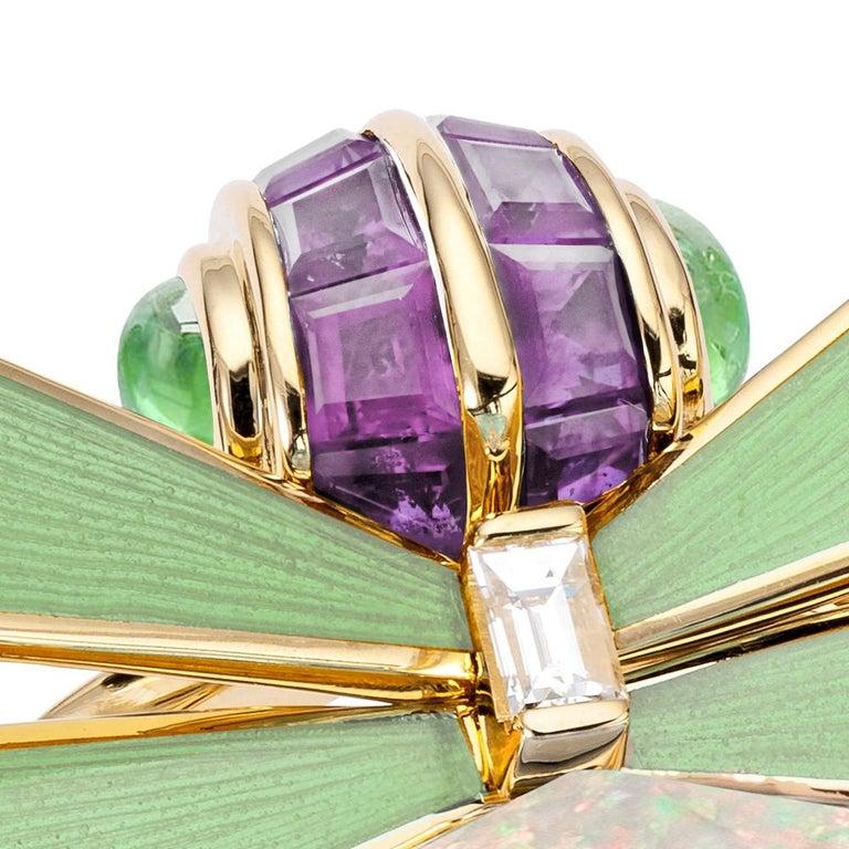 Contemporary Stephen Webster Jitterbug White Opal Crystal Haze Set in 18 Karat Gold Ring