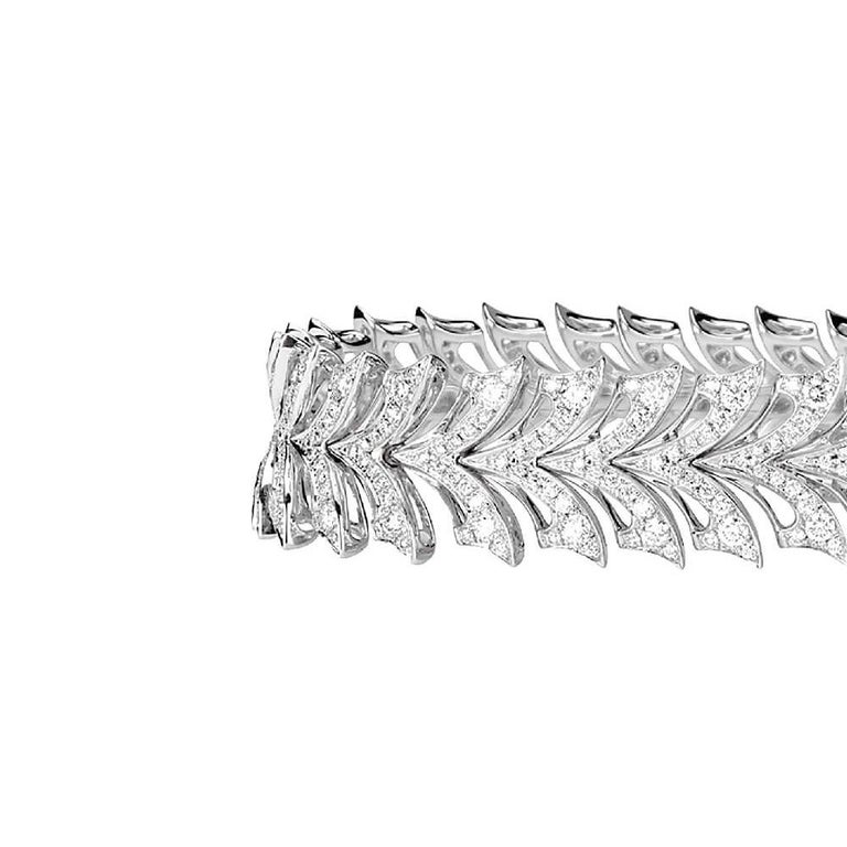 18ct white gold with white diamond pavé 3.29ct.  Please enquire for your exclusive price if your delivery country is outside of the United Kingdom.  Built on a foundation of 40 years of technical excellence, where Webster began his apprenticeship at