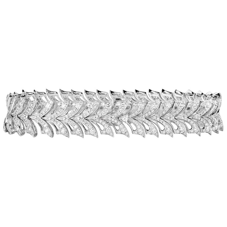 Stephen Webster Magnipheasant White Gold and Diamond Pavé Small Bracelet For Sale