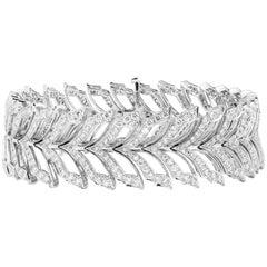 Stephen Webster Magnipheasant White Gold and White Diamond Pavé Bracelet