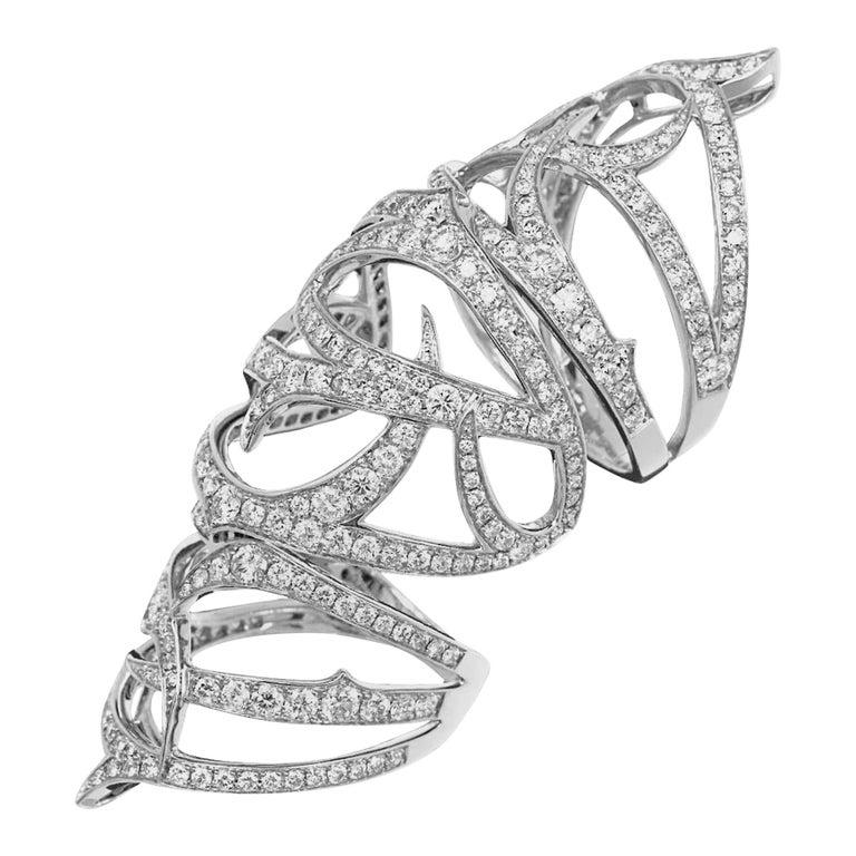 Stephen Webster Thorn 18 Karat Gold and White Diamond Pavé Long Finger Ring