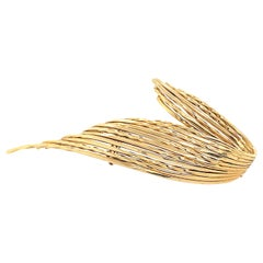Sterle Gold Pin
