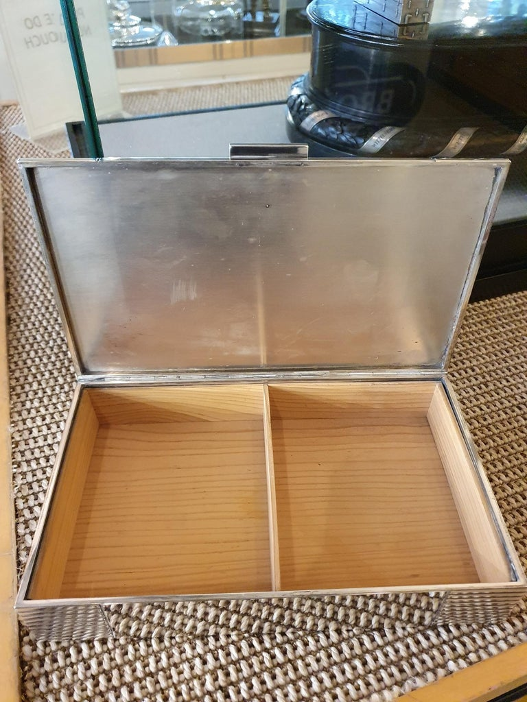 Sterling Silver Art Deco Cigar Box, circa 1925 by Cartier, Paris In Good Condition For Sale In London, GB