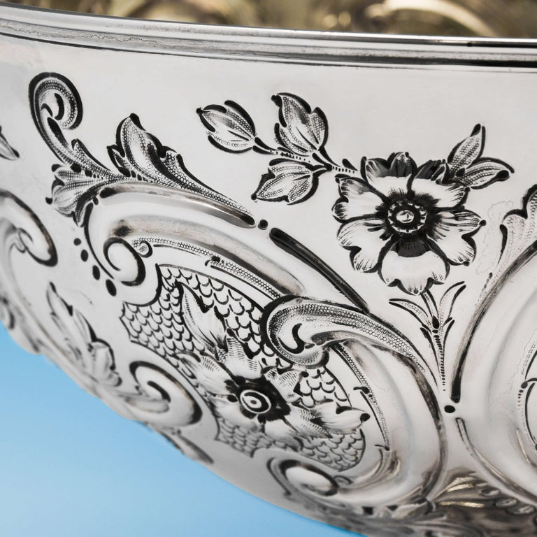 English 19th Century Victorian Sterling Silver Bowl by Barnards For Sale
