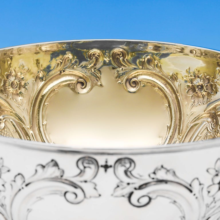 19th Century Victorian Sterling Silver Bowl by Barnards In Excellent Condition For Sale In London, London