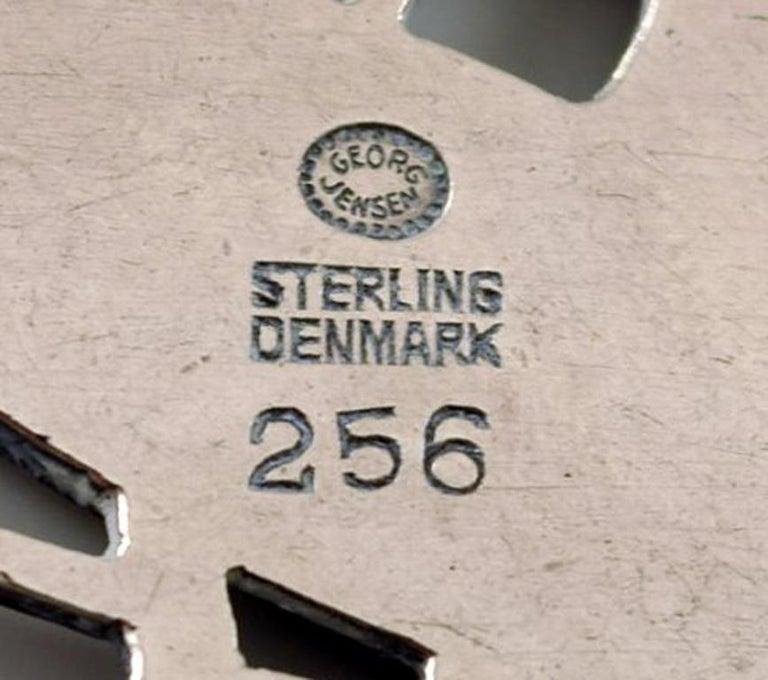 Sterling Silver Brooch by Georg Jensen, Design Number 256, Deer Motif In Good Condition For Sale In bronshoj, DK