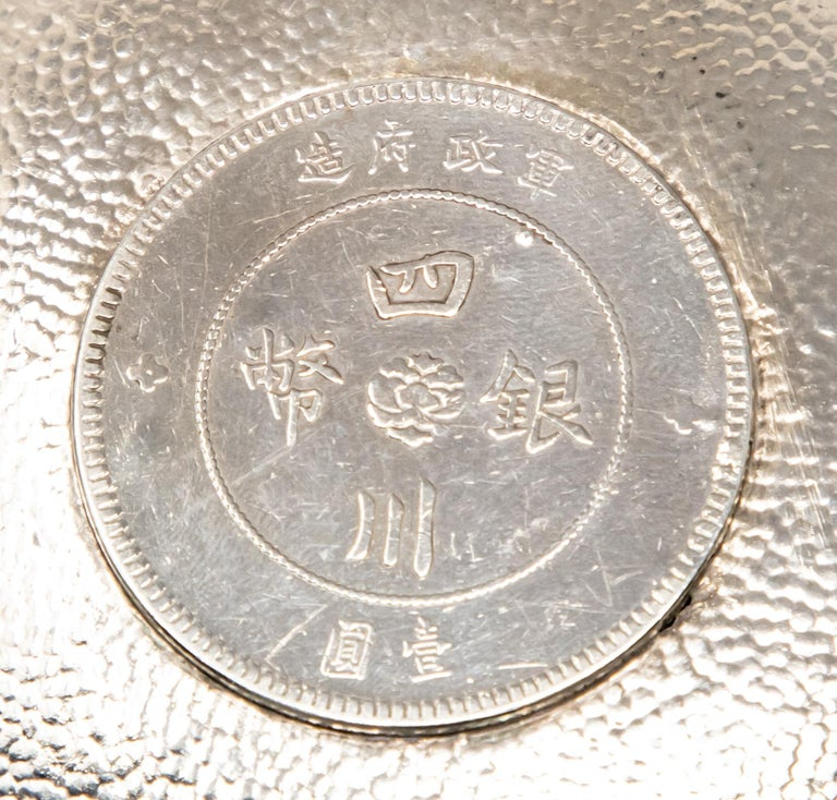 Sterling Silver Chinese Coin Dish In Distressed Condition For Sale In Cookeville, TN