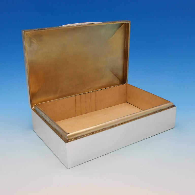 English Edwardian Antique Sterling Silver Cigar Box from 1910 by Mappin & Webb For Sale
