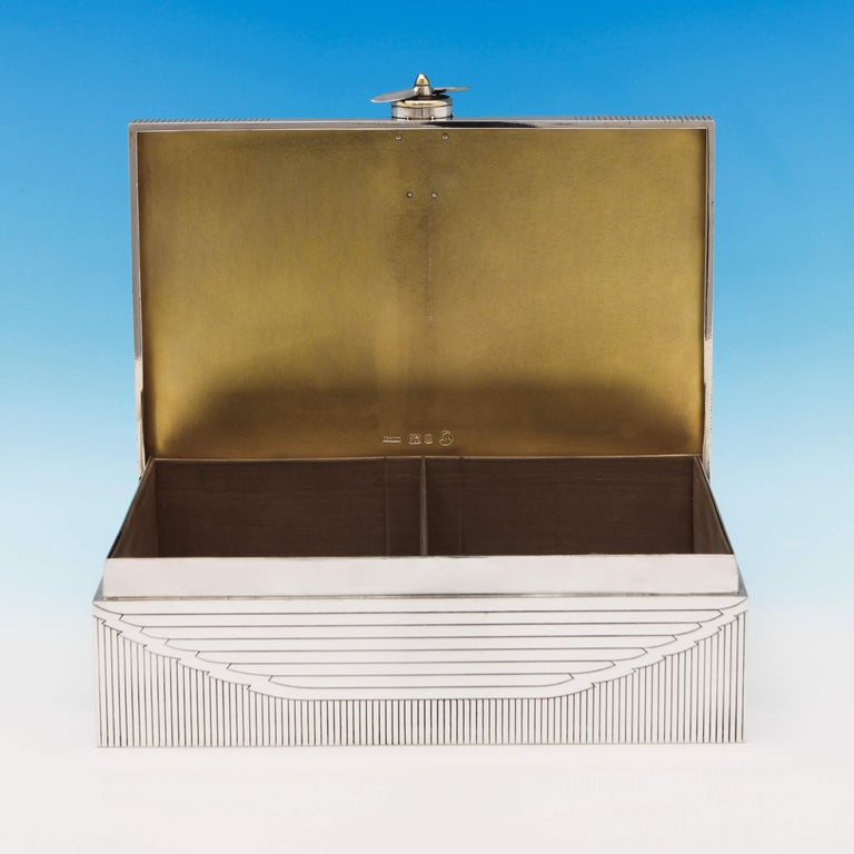 RAF Interest, Unique Art Deco Gold and Sterling Silver Cigar Box by Asprey, 1936 In Good Condition For Sale In London, London