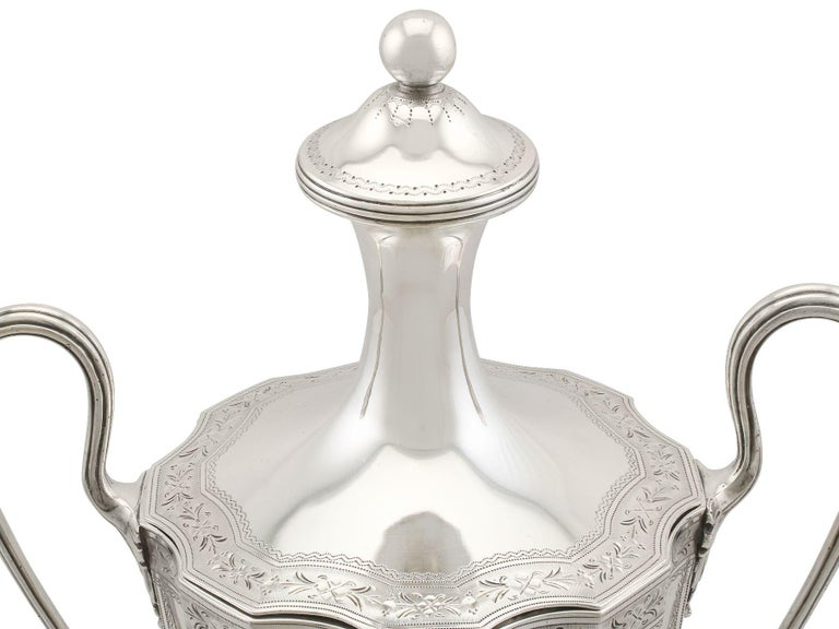 Sterling Silver Coffee Urn Antique George III, 1786 For Sale 2