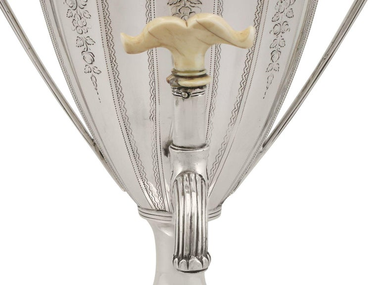 Sterling Silver Coffee Urn Antique George III, 1786 For Sale 4