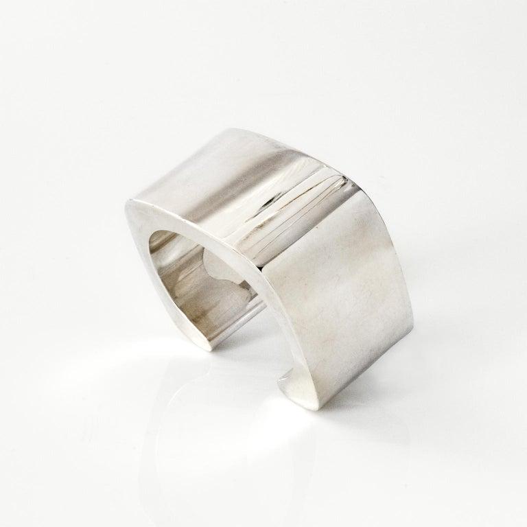 Sterling silver cuff bracelet by Pekka Piekainen, Finland. For Sale 2