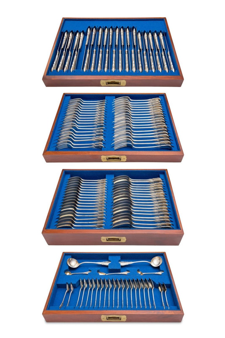 Sterling Silver Cutlery Set, English, 19th Century thorough 20th Century  For Sale 2