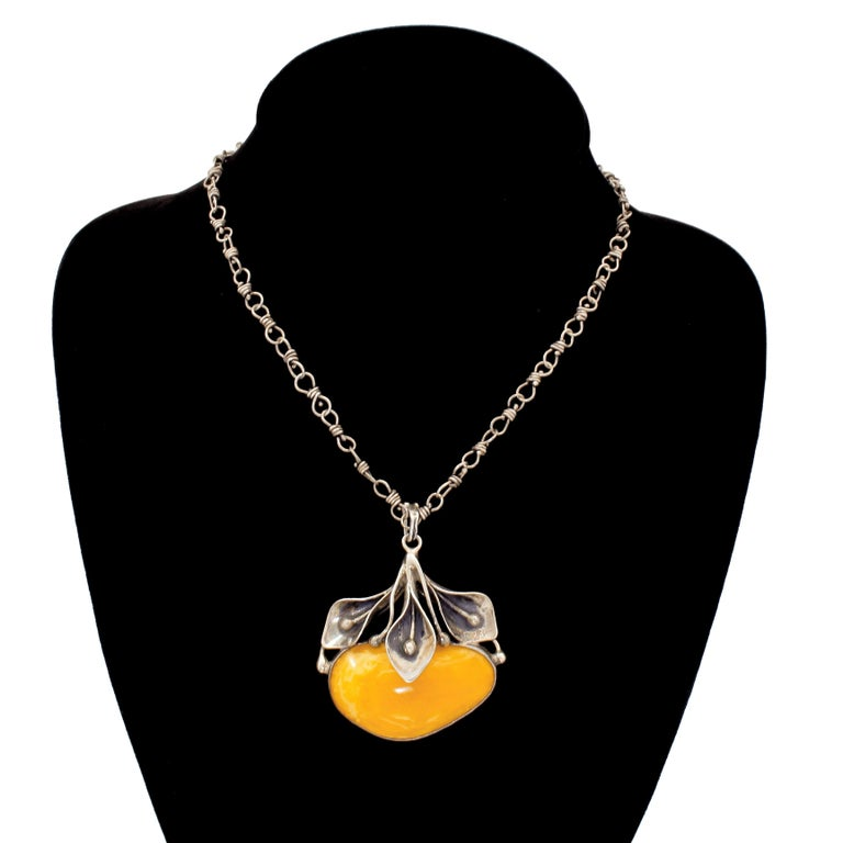 Sterling Silver Egg Yolk Baltic Amber Lilly Pendant Necklace Original 875 Chain For Sale 7