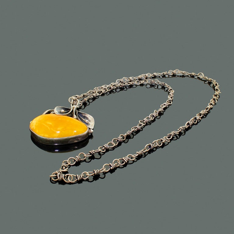 Sterling Silver Egg Yolk Baltic Amber Lilly Pendant Necklace Original 875 Chain For Sale 3