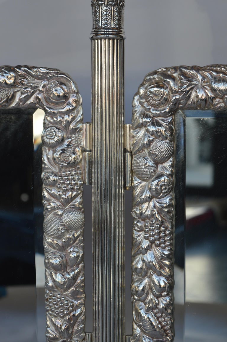 Bronze Silver Plated English Vanity Mirror In Good Condition For Sale In Los Angeles, CA