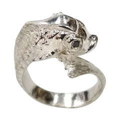 "Sterling Silver ""Fish"" Ring with a Sapphire Eyes"