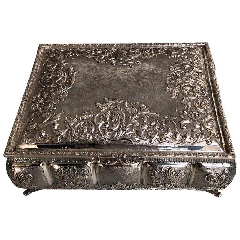 Sterling Silver Jewellery Box, Completely Handmade, Made in Italy For Sale