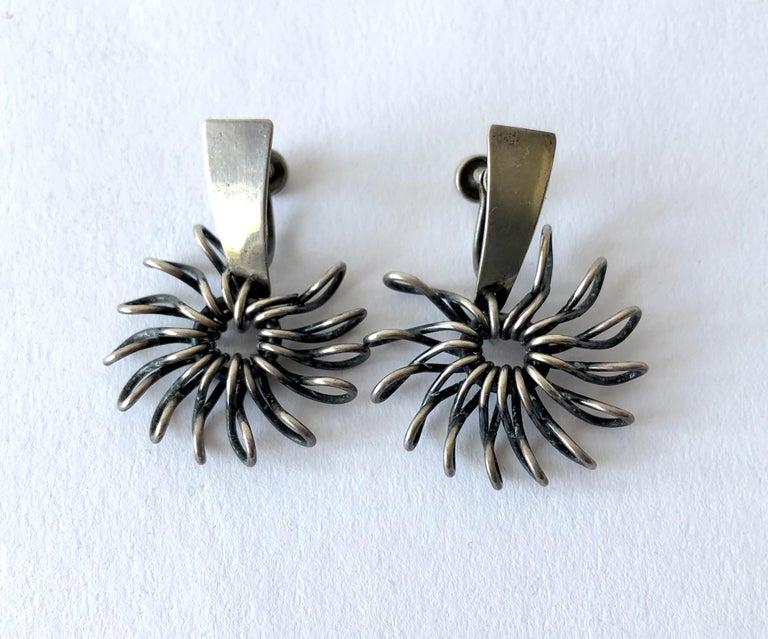 Women's Sterling Silver Midcentury American Modernist Handmade Pinwheel Earrings For Sale