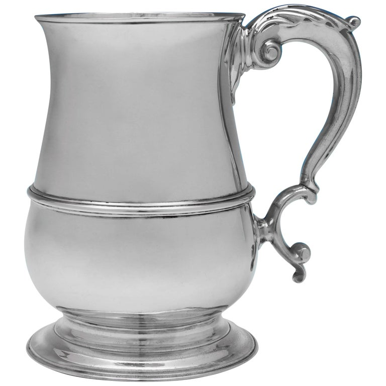 George III Antique Sterling Silver 'Quart' Mug by John King in 1771 For Sale