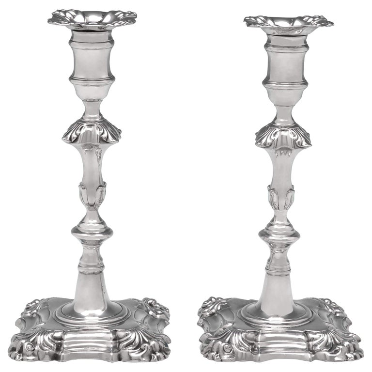 'Four Shell' Antique Sterling Silver Pair of Cast Candlesticks from 1870 For Sale