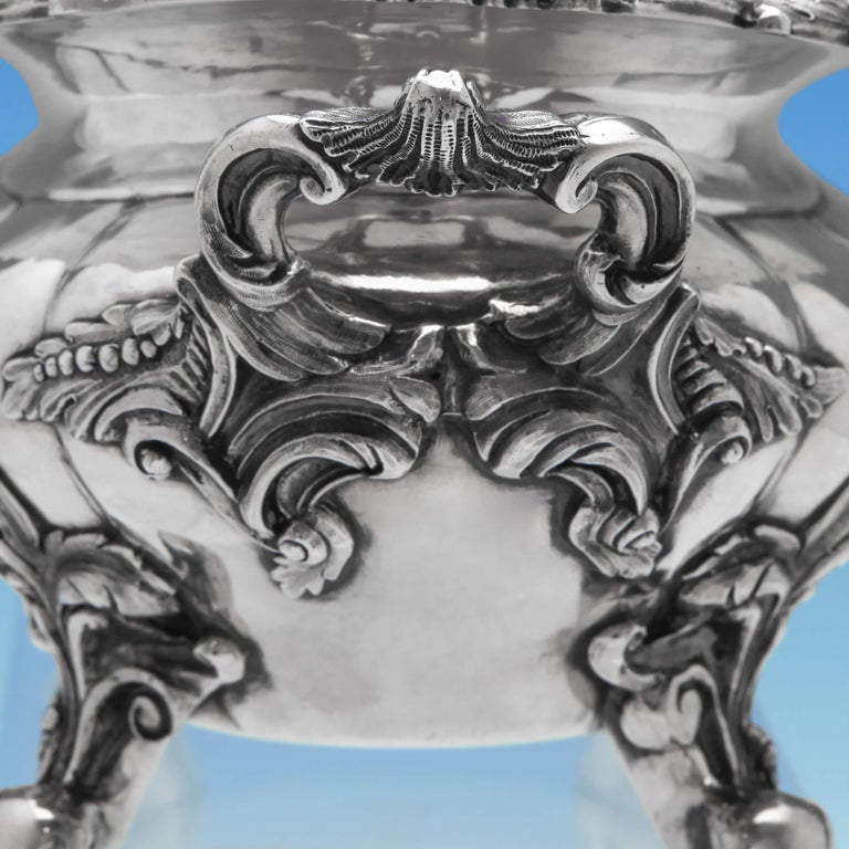 Mid-19th Century Victorian Antique Sterling Silver Pair of Sauce Tureens by John Figg For Sale
