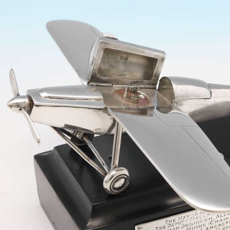 RAF Interest, RAF Kingstown, Early Battery Operated Plane Cigar Lighter, 1936 In Good Condition In London, London