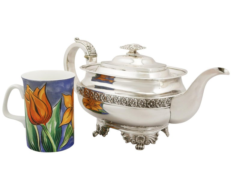 English Sterling Silver Three-Piece Tea Service in the Regency Style, Antique George IV For Sale