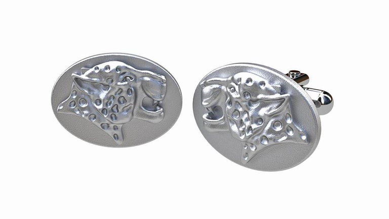 Sterling Spotted Leopard Cufflinks In New Condition For Sale In New York, NY