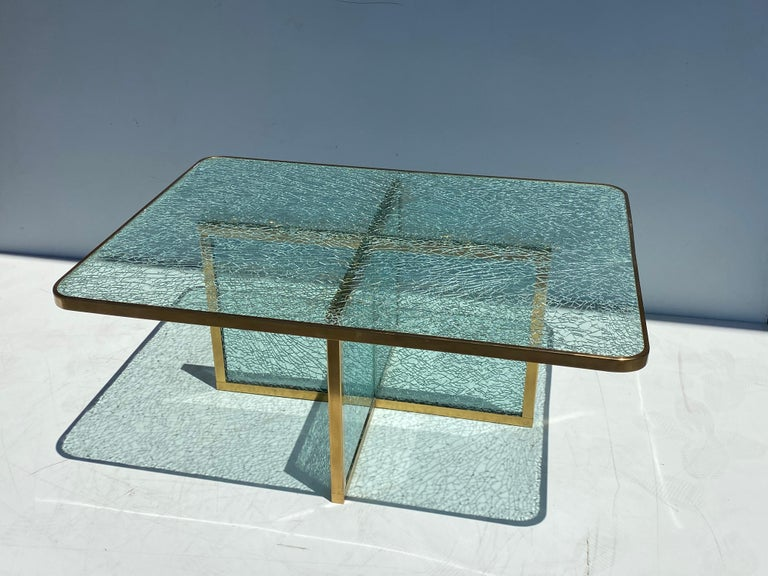 Steve Chase Crackled Glass and Brass Coffee Table In Good Condition For Sale In North Hollywood, CA