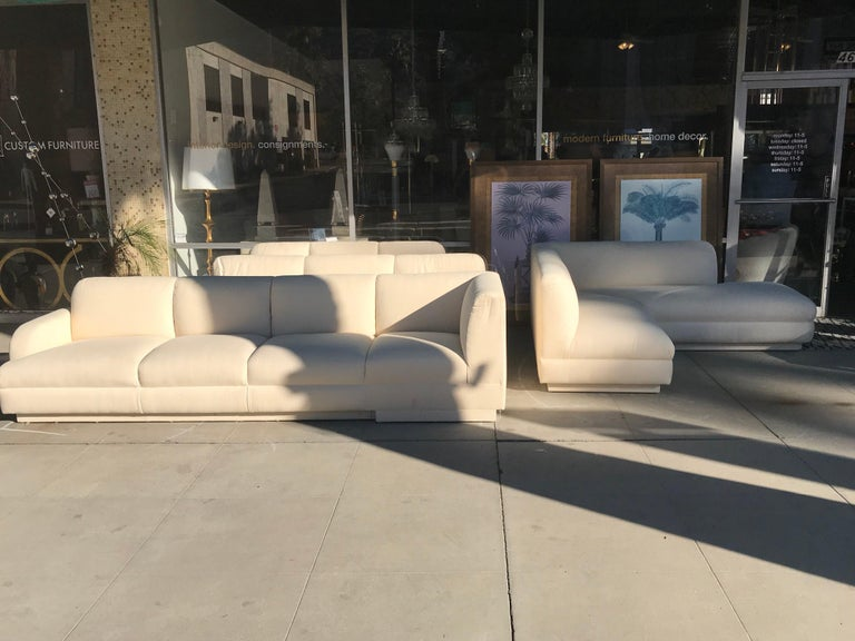 Steve Chase Iconic Modern Sofa Crème Color Neutral Made by A. Rudin For Sale 1