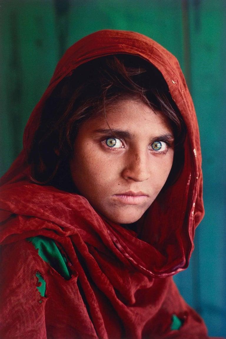 Steve McCurry Portrait Photograph - Afghan Girl (Peshawar, Pakistan)