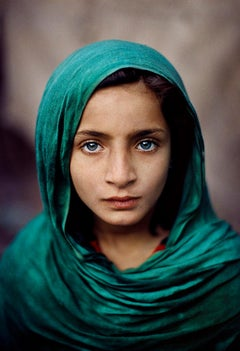 Steve McCurry 'Girl with Green Shawl'