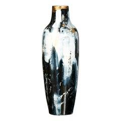 Stevens Vase in Black and White Ceramic by CuratedKravet