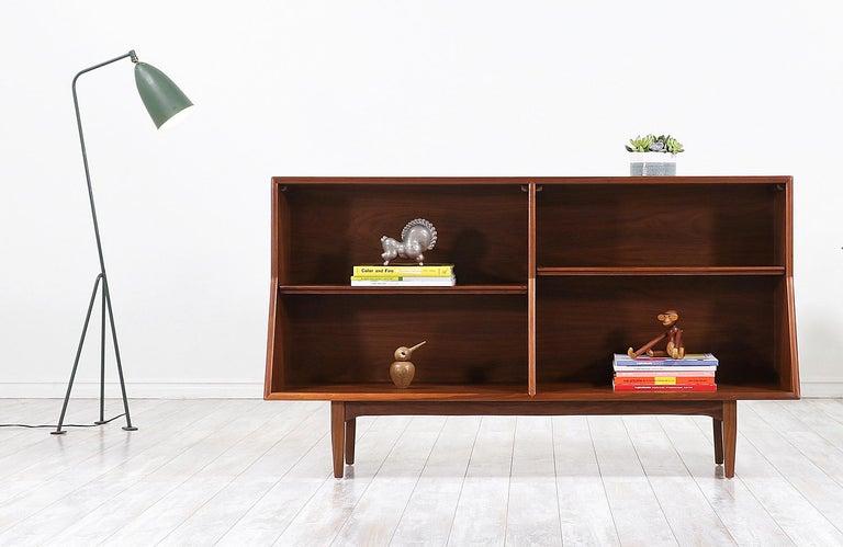 "American Stewart MacDougall & Kipp Stewart ""Declaration"" Bookcase for Drexel For Sale"