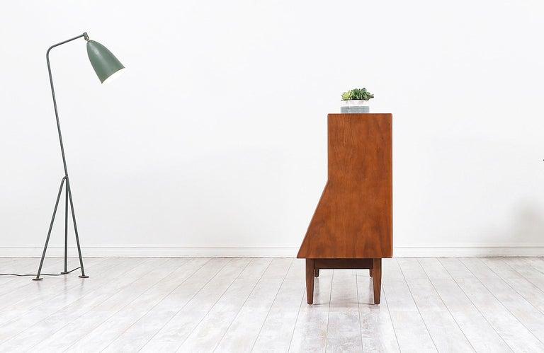 "Mid-20th Century Stewart MacDougall & Kipp Stewart ""Declaration"" Bookcase for Drexel For Sale"
