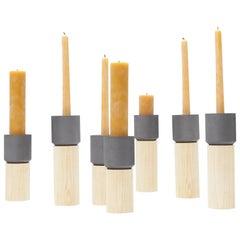Kleiner Moderner Zeitgenössischer Graphit Podest Kerzenhalter